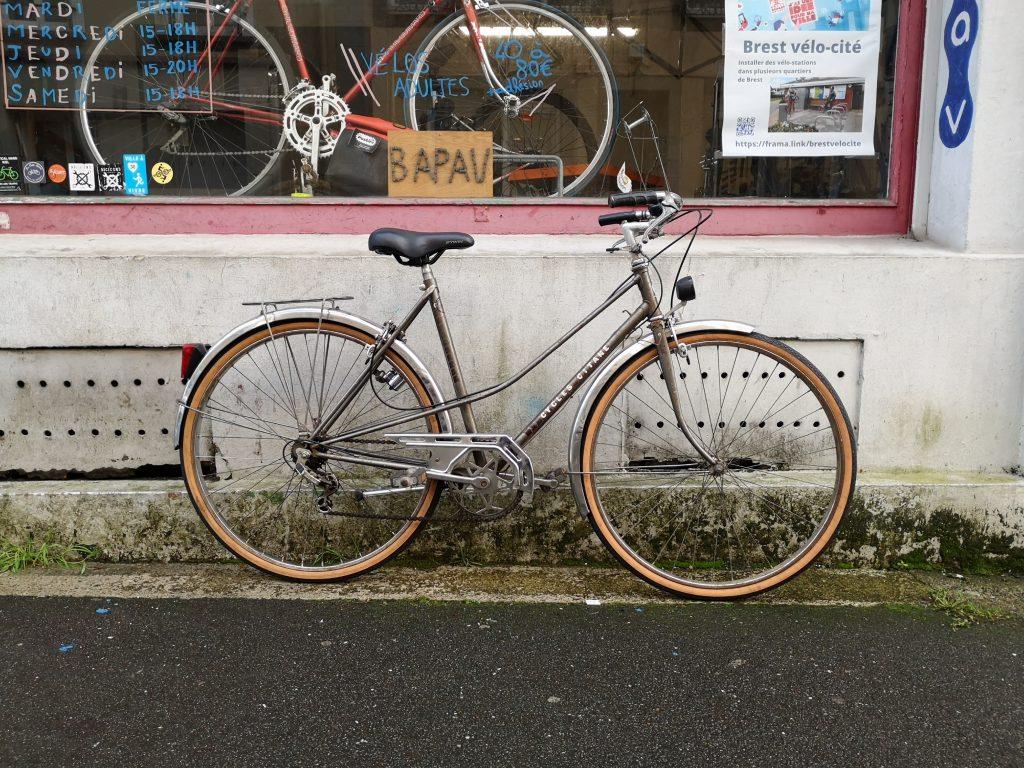 Vélo devant les locaux de BaPaV